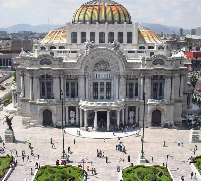 Local interpreters in Mexico City